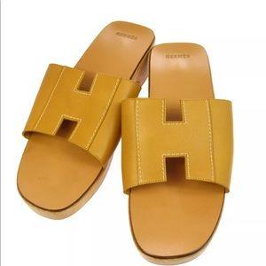 Hermès Logo sandals wood leather camel size 7